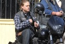 SONS OF ANARCHY : Charlie Hunnam on the set
