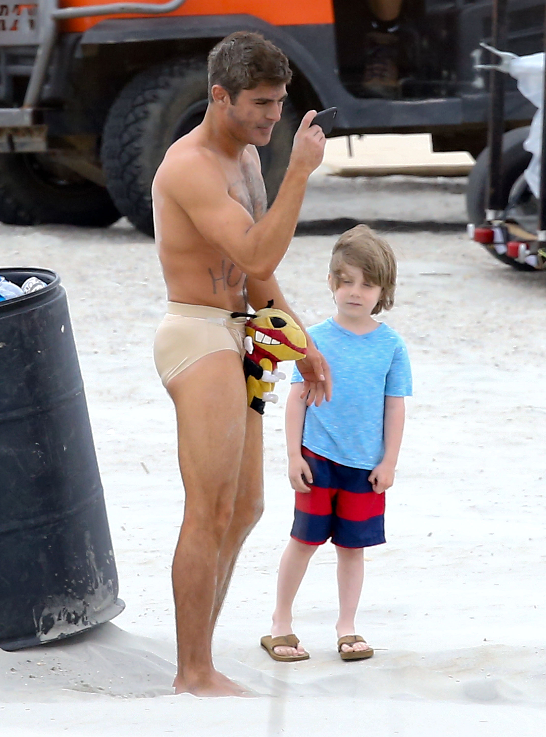 Zac efron fake nude body that would