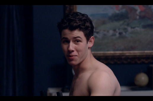 SCREAM QUEENS : Nick Jonas will be shirtless in the show