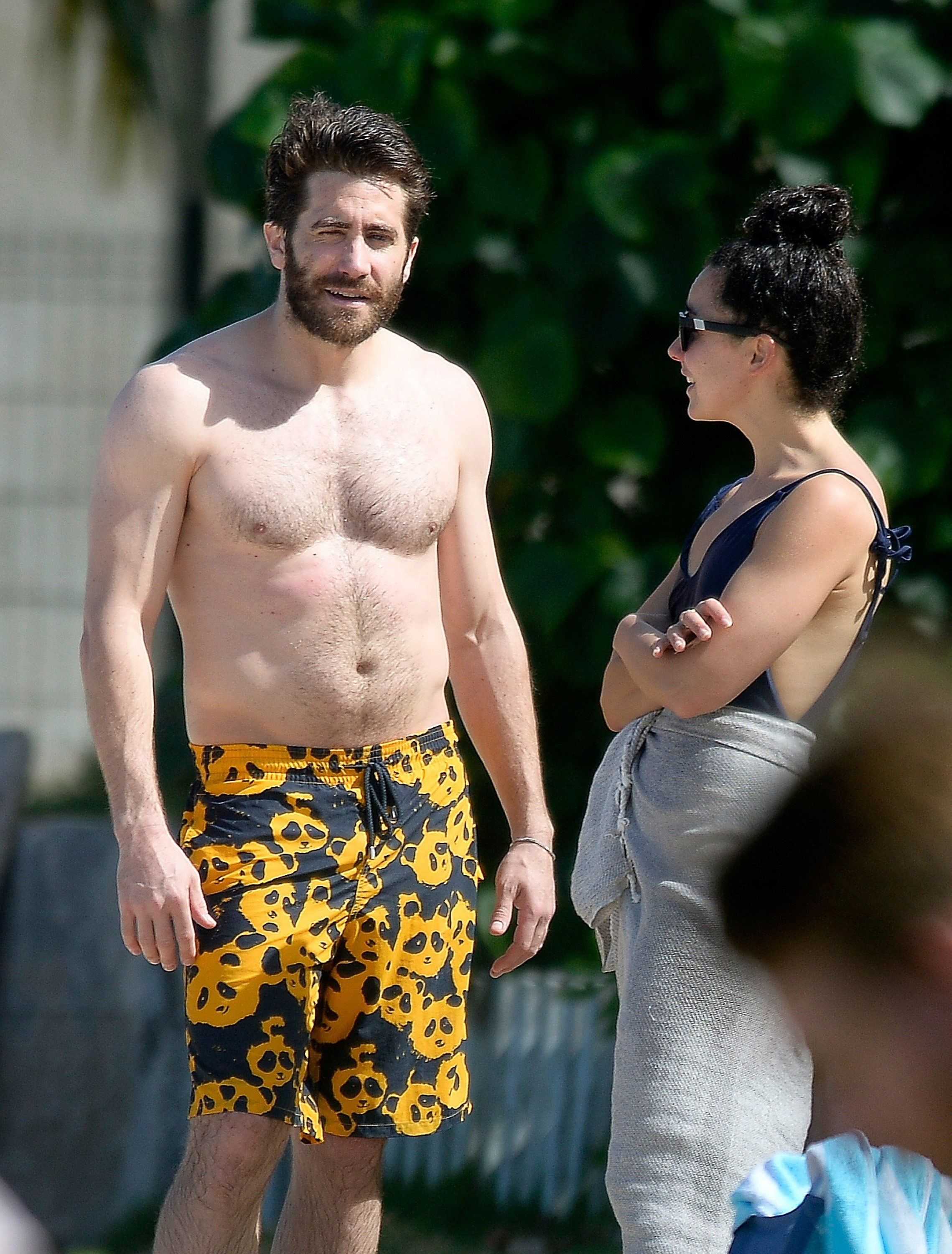 STYLE : Jake Gyllenhaal and Mark Wahlberg, shirtless, but ...